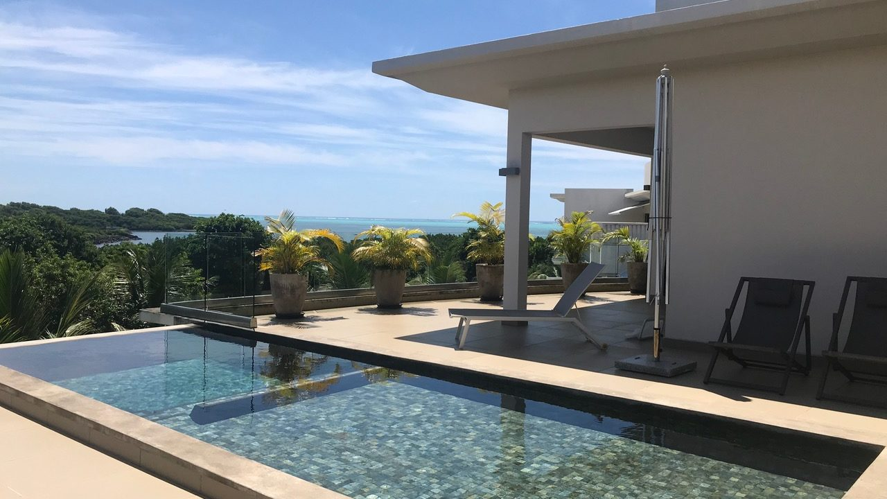 A VENDRE PENTHOUSE IRS A ROCHES NOIRES ILE MAURICE|||||||||||||||