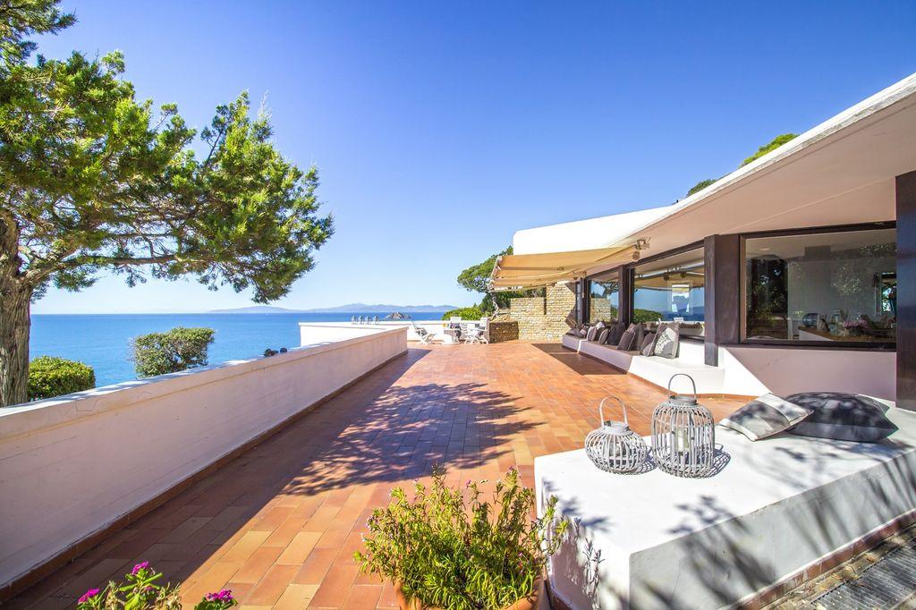 Villa de prestige avec descente privée sur la plage - Toscane - Italie