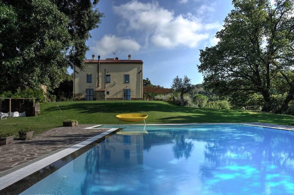 La propriété est située dans la réserve naturelle de Bandite di Scarlino
