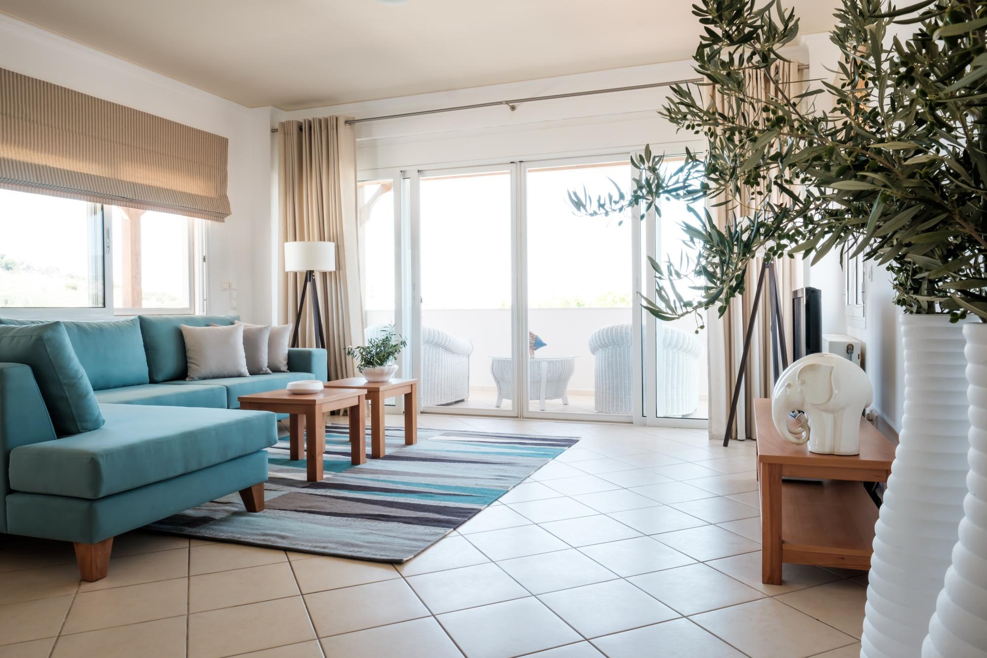 Magnifique Villa De 3 Chambres Avec Piscine Et Vue Sur La Mer.