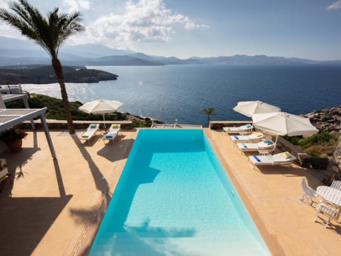 Grèce | Greece | villa for sale |Une villa sur les bords de la mer -25