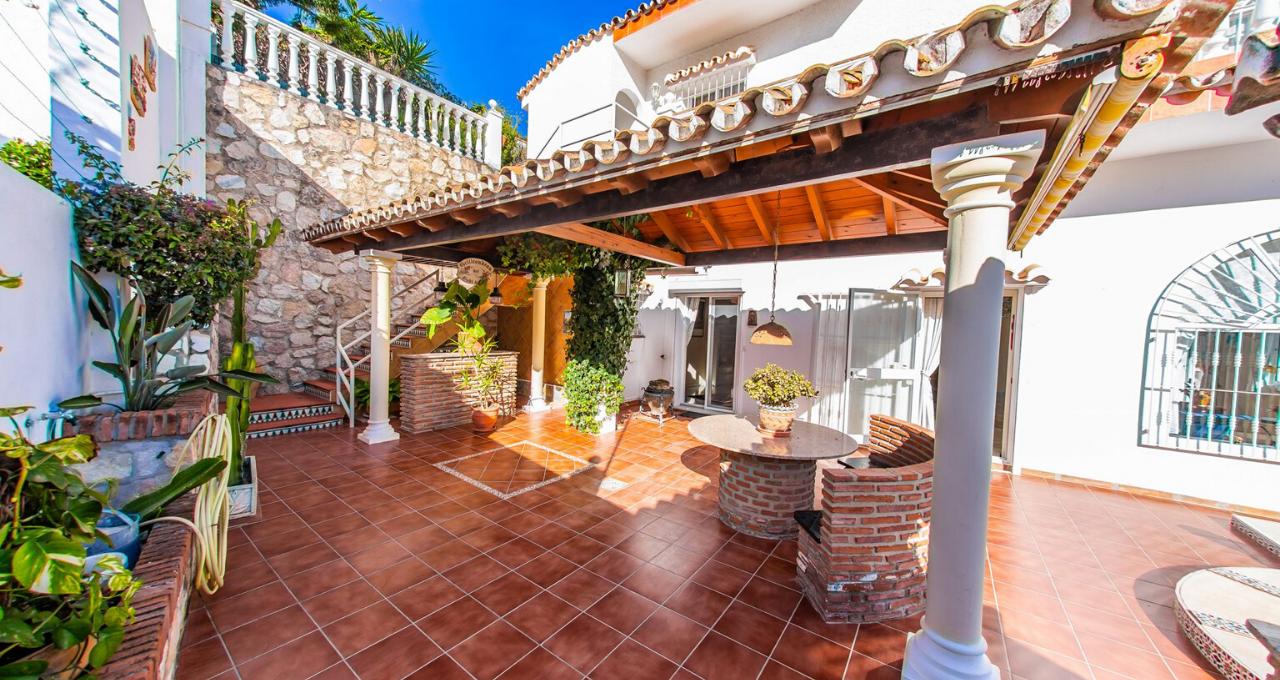 Mijas|villa située dans cadre privilégié au calme orientation plein sud|||||||