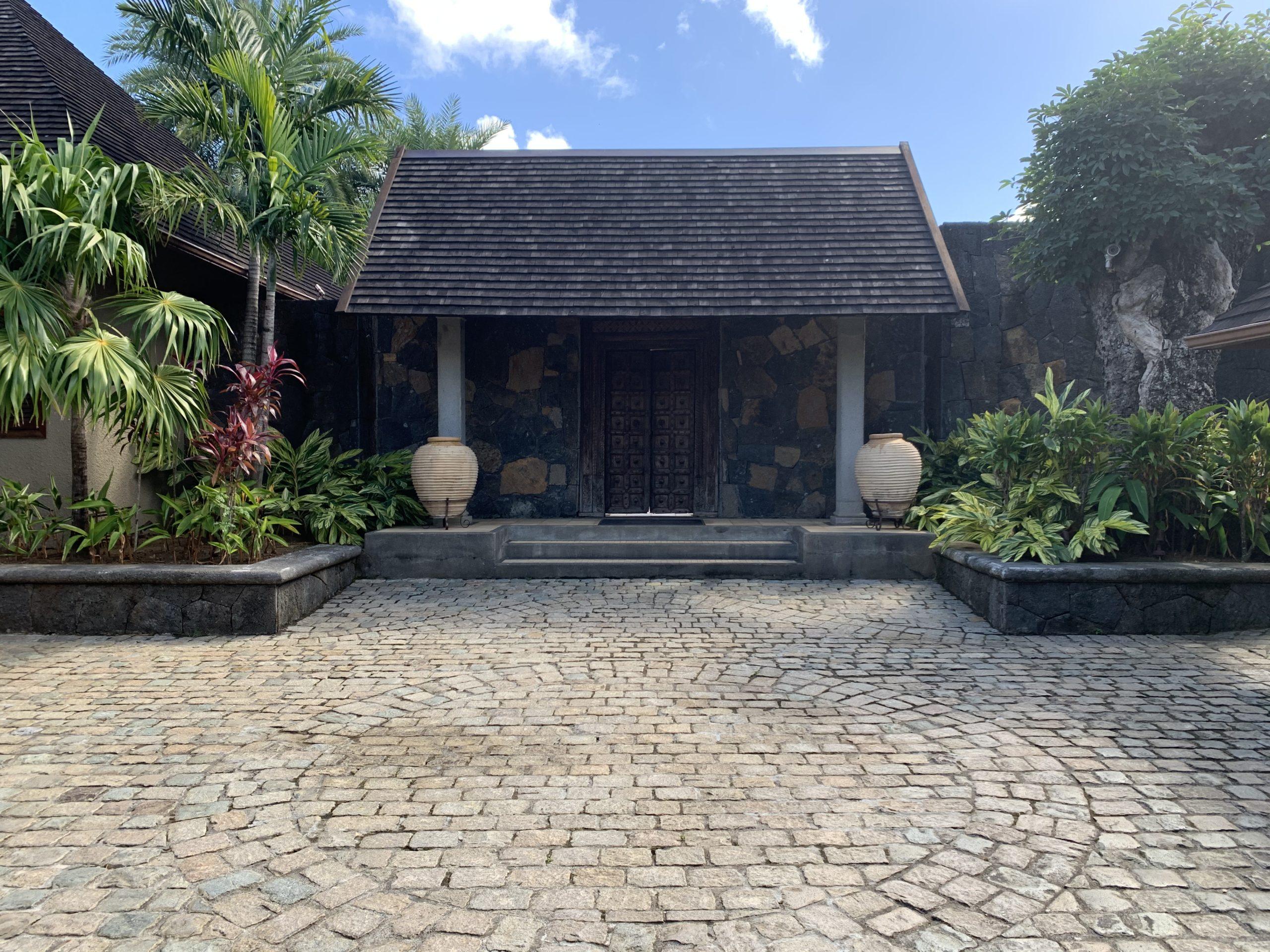 Pointe aux canonniers – Somptueux micro complexe de 7 chambres à vendre – Île Maurice