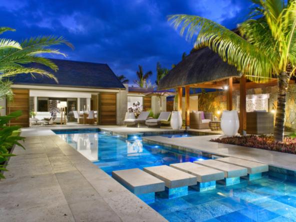 Île Maurice – Villa Avec Piscine Entourée D'un Jardin Privé – Clos Du Littoral