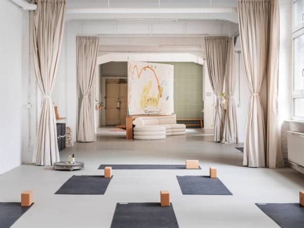 Studio de Yoga Sentiments Originaux