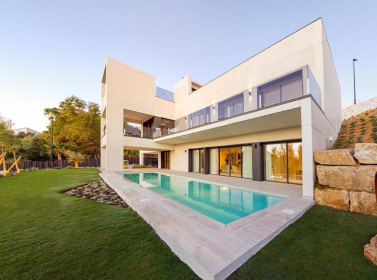 Villa à vendre à Benalmádena Pueblo, Benalmádena, Málaga, Espagne