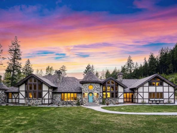 Maison magique de style européen à vendre - Montana | États-Unis