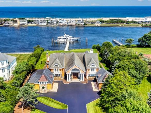 """Maison exceptionnelle Rumson """"Jersey Shore"""" dans le New Jersey"""