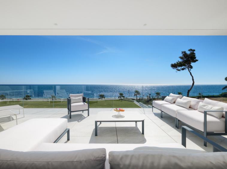 Appartement neuf de 4 chambres vue spectaculaire sur la mer - Espagne