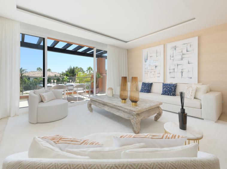 Penthouse entièrement meublé avec vue sur la mer | Marbella