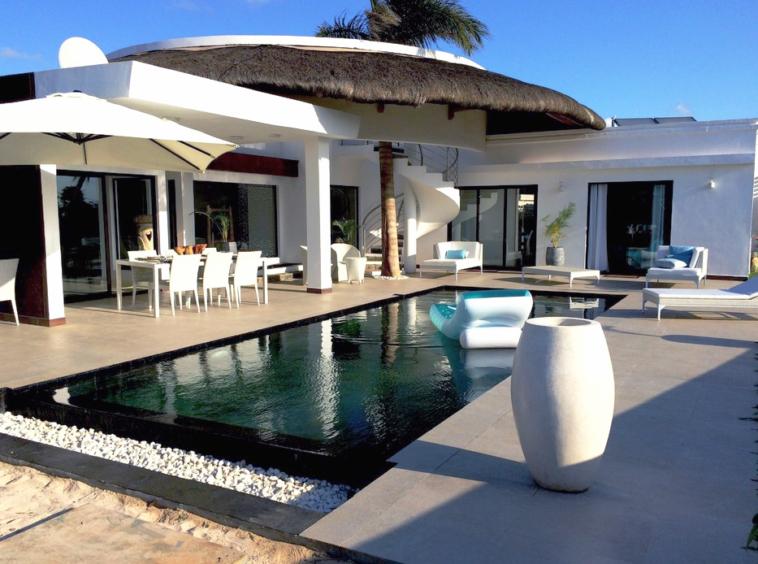 Magnifique villa de 270 m2 un terrain de 650 m2, 3 chambres en suite