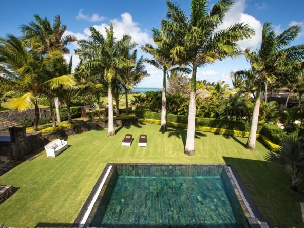 Superbe villa de 460 m2 Magnifique jardin paysager Vue sur la mer- île Maurice