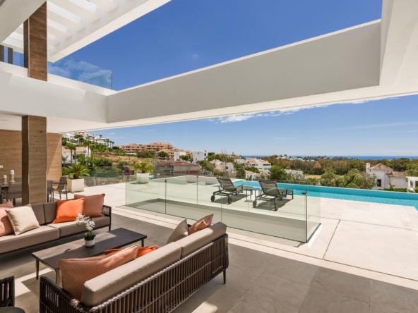 Villa d'architecte récemment achevée vue mer Méditerranée Benahavis