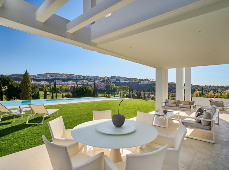 Villa de luxe en première ligne de golf à vendre à Los Flamingos