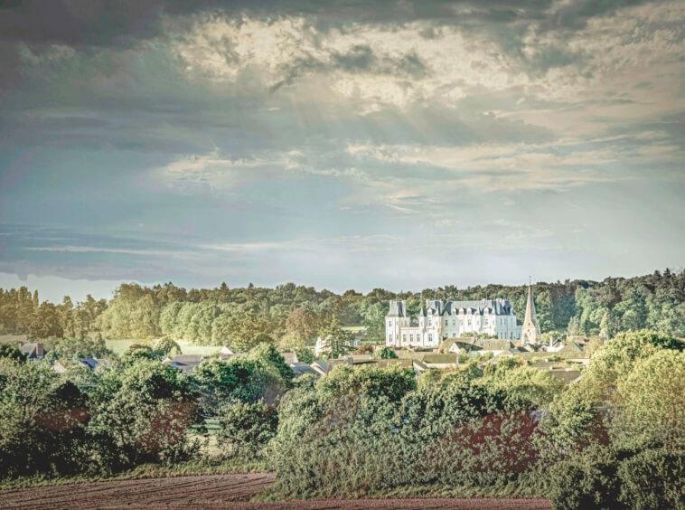 Châteaux du 18ème siècle à vendre - véritable joyau de l'architecture néo-gothique